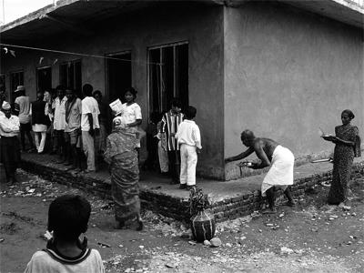 Schule in Nepal - Priesterweihe zur Eröffnung 1999