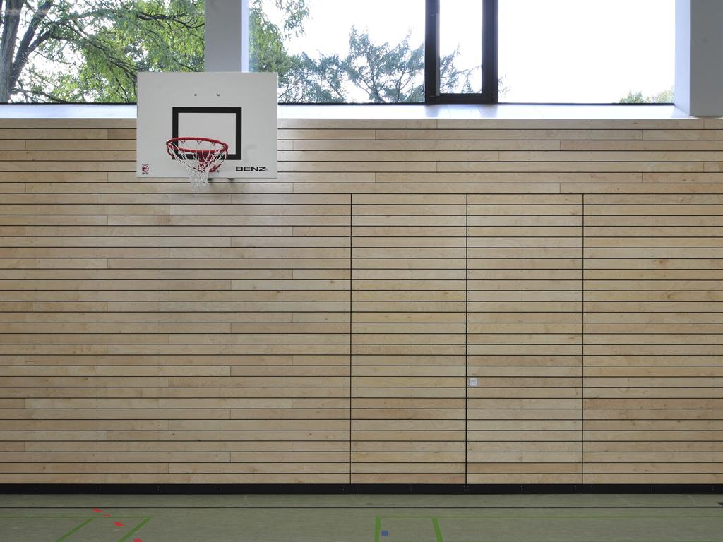 Sporthalle Prallwand geschlossen
