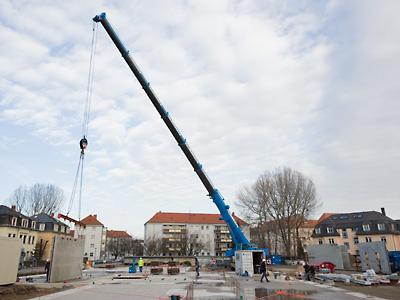 Neubau Grundschule - erste Wandplatte
