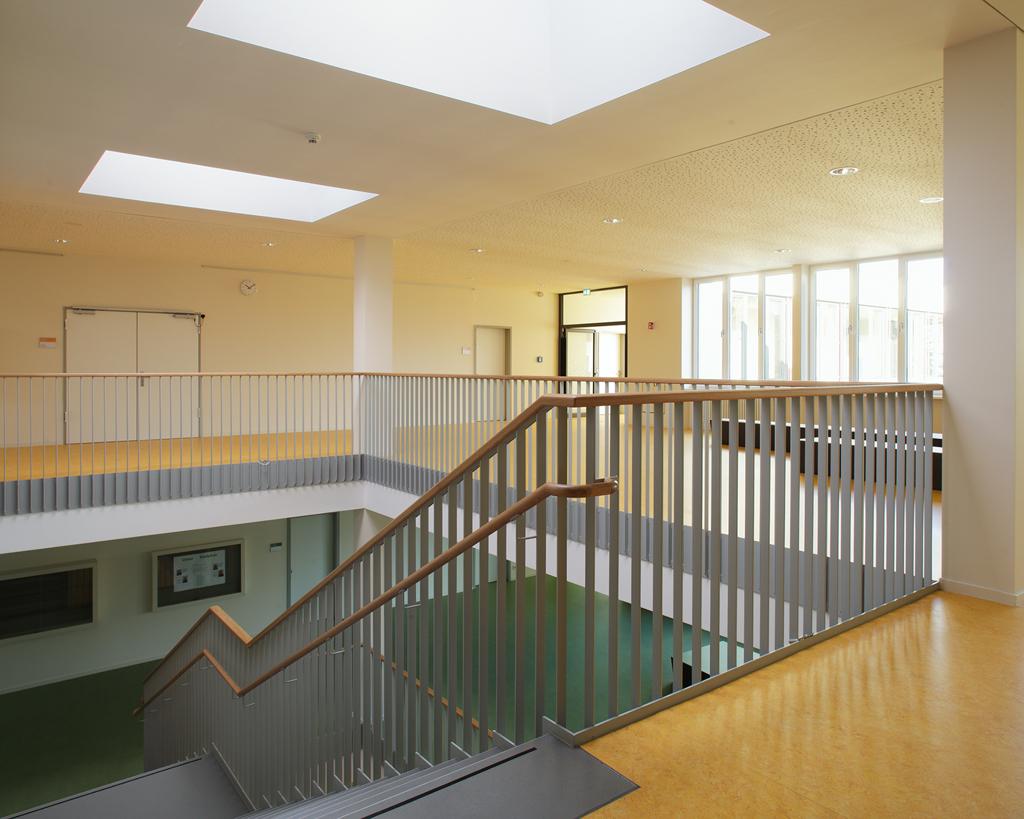 Innenraum-Grundschule-Micktner-Str